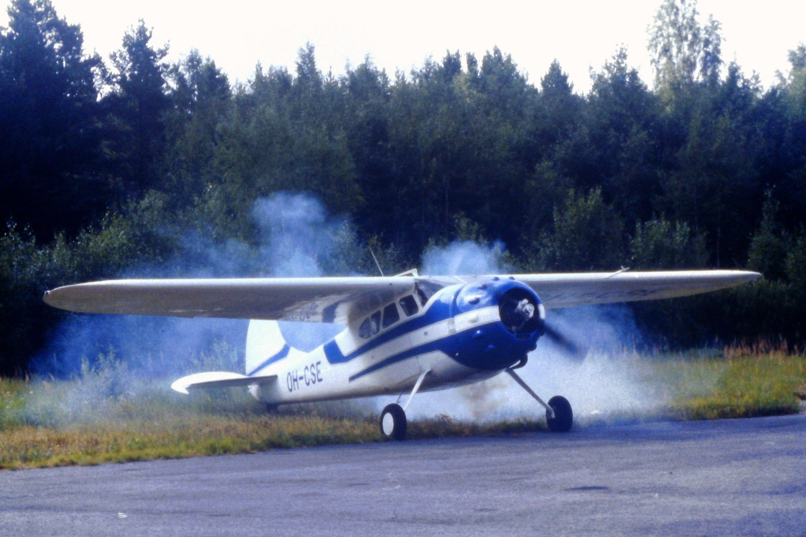 Cessna C195B OH-CSE EFHN 1997-07-26