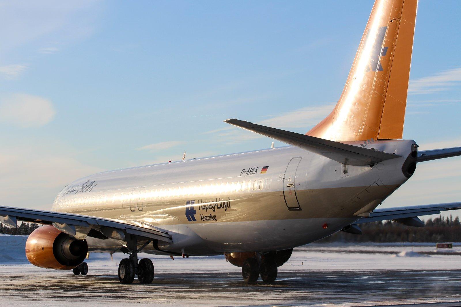 12.3 D-AHLK Boeing 737-8K5
