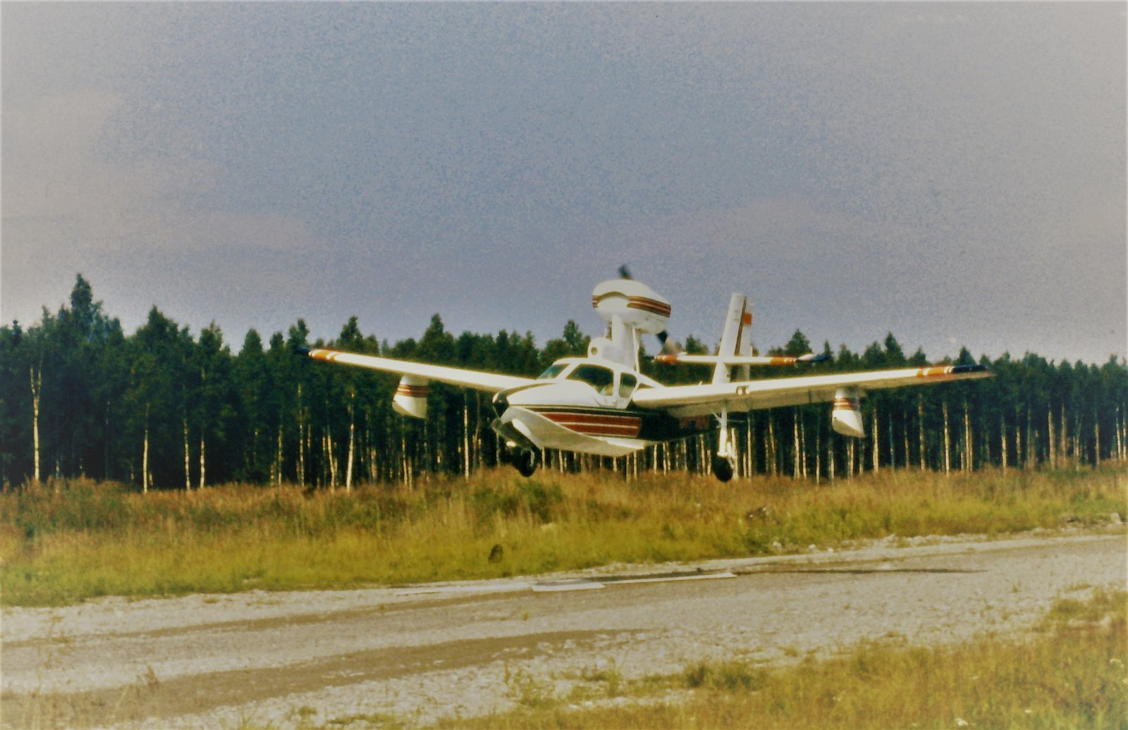 Lake LA-4-200 Buccaneer OH-AKI EFHN 1980