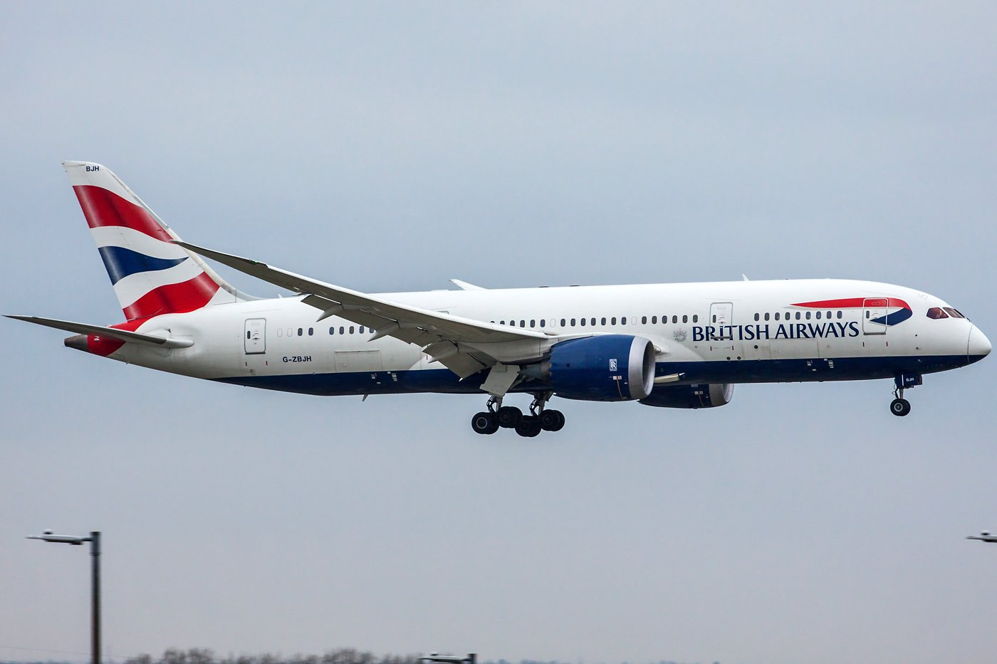 British Airways Boeing 787-8 Dreamliner G-ZBJH