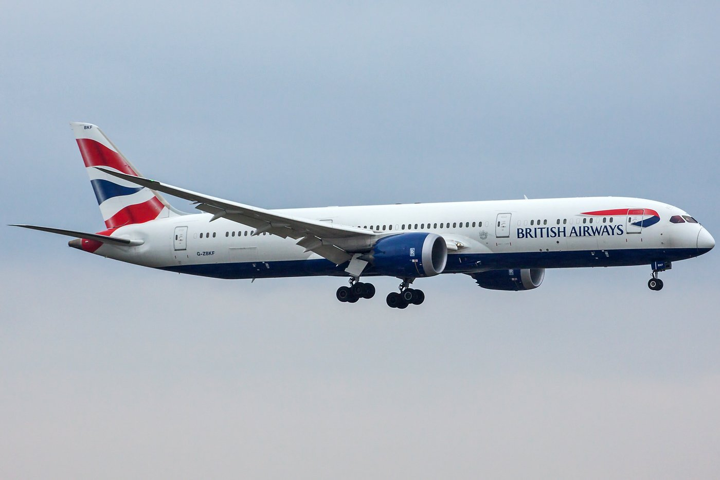 British Airways Boeing 787-9 Dreamliner G-ZBKF