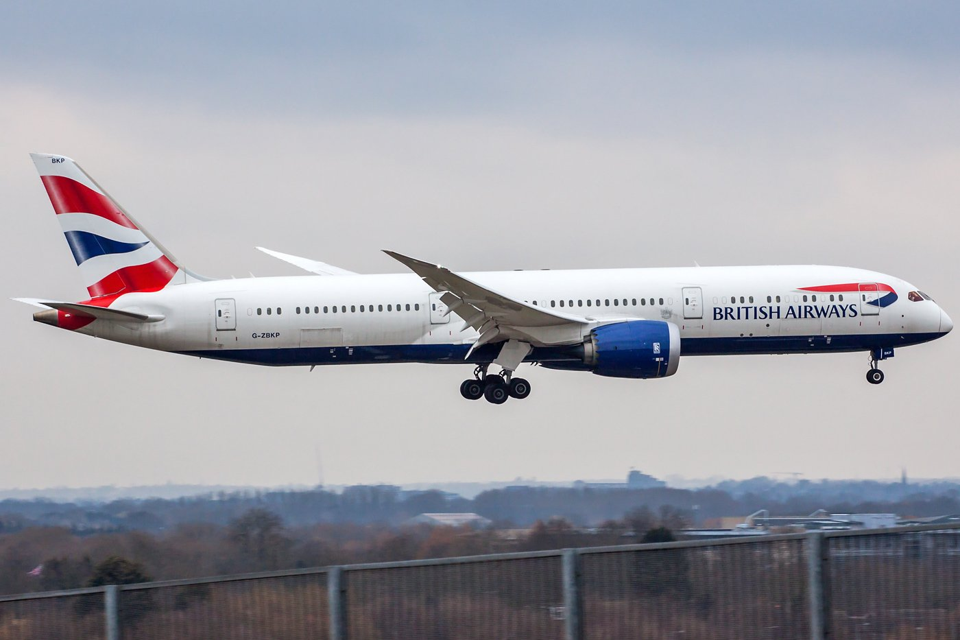 British Airways Boeing 787-9 Dreamliner G-ZBKP