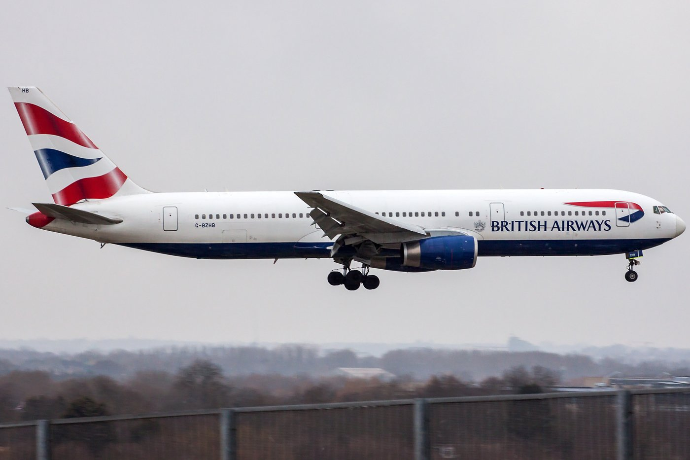 British Airways Boeing 767-336(ER) G-BZHB