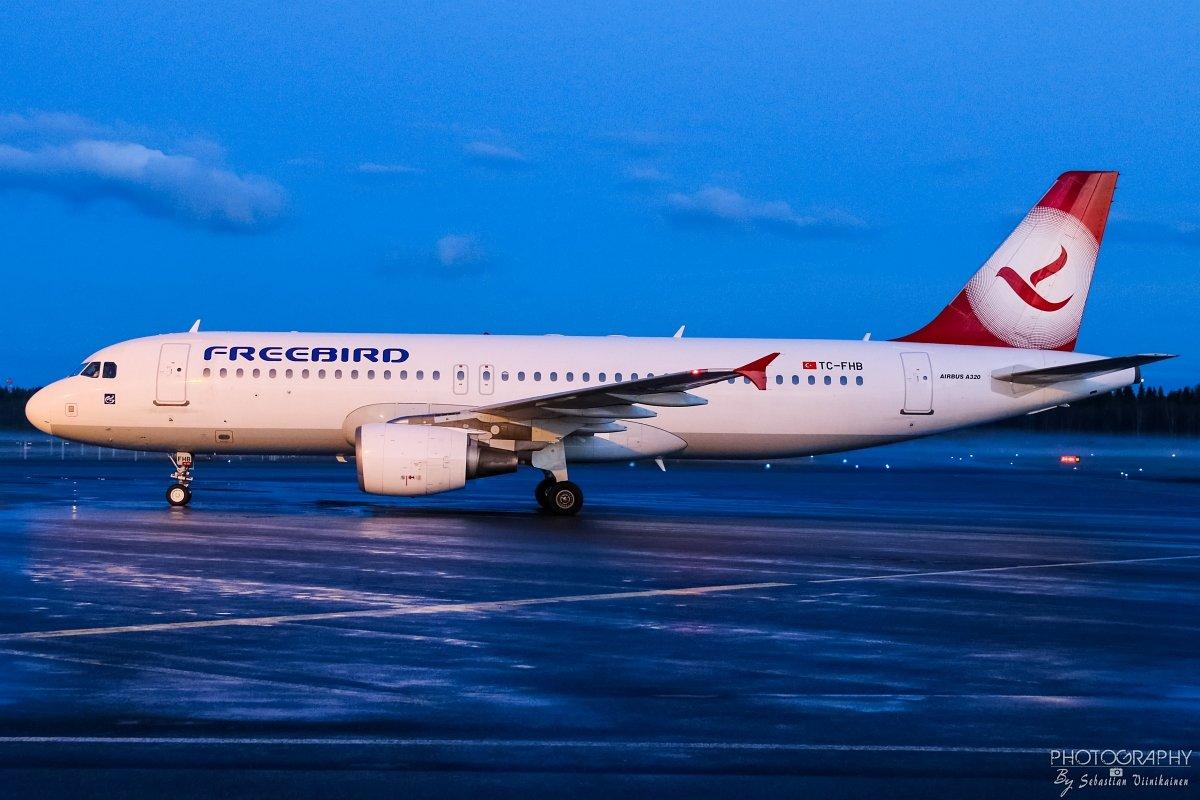 TC-FHB Freebird Airlines A320-200, 29.04.2018