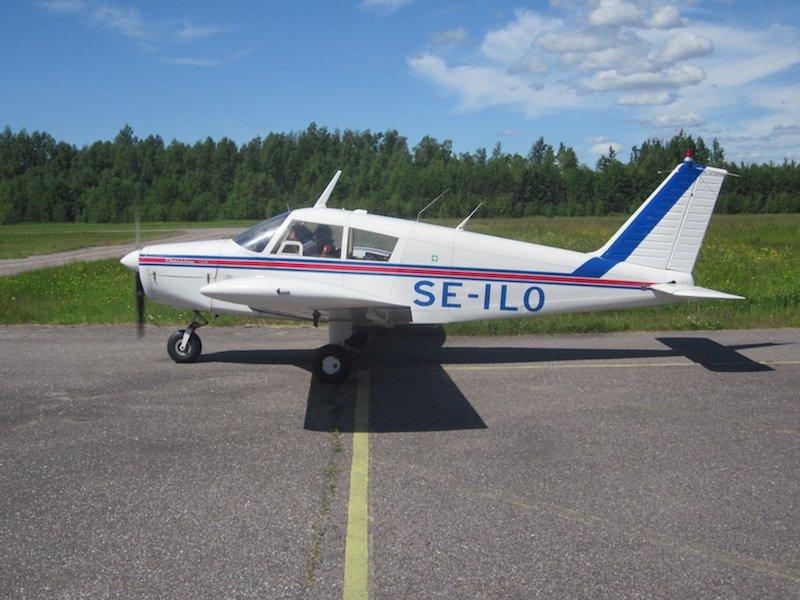 Piper PA-28-140 Cherokee SE-ILO EFHN 2015-07-05
