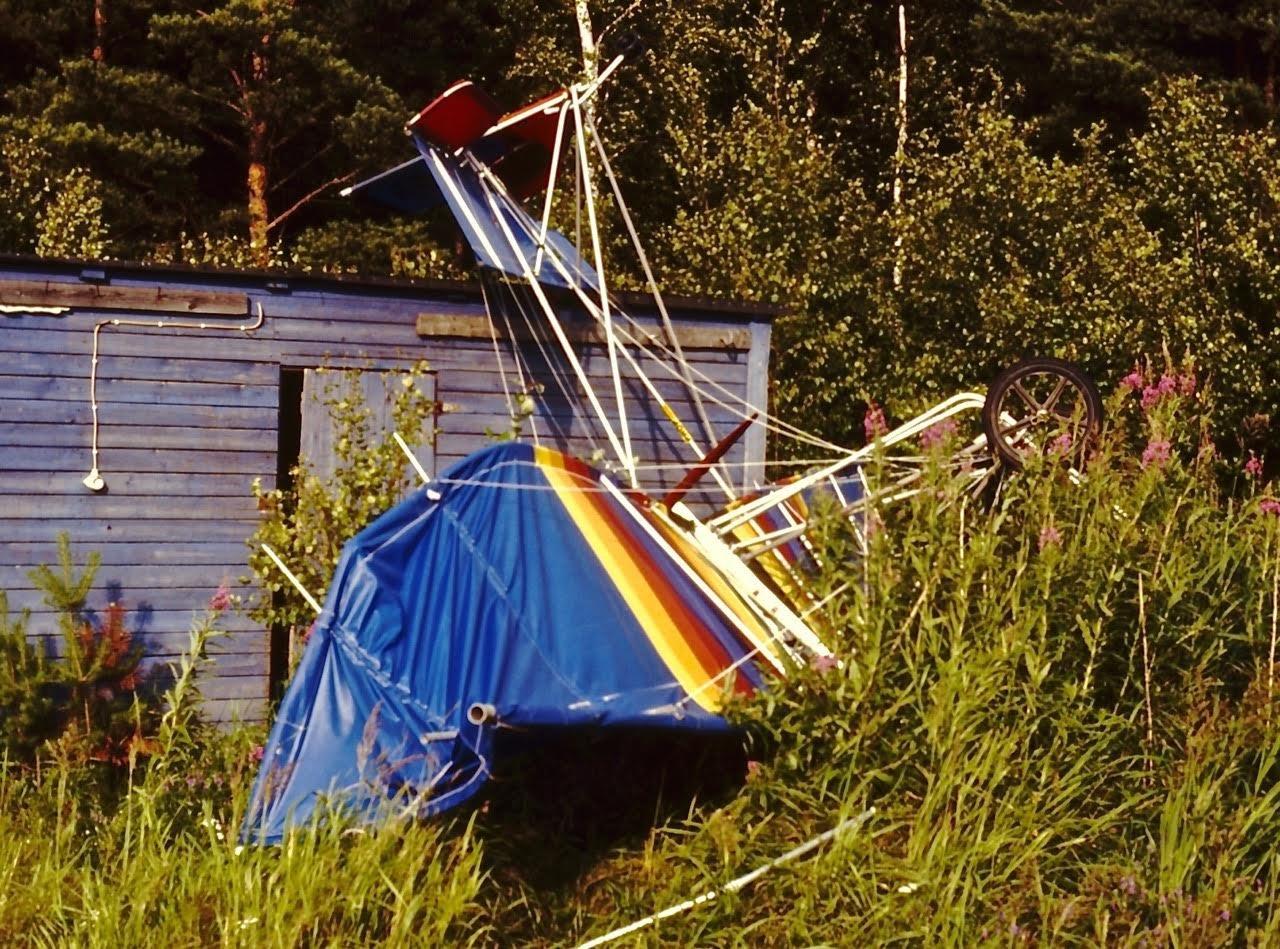Ultrakevyt lentolaite EFHN 1988