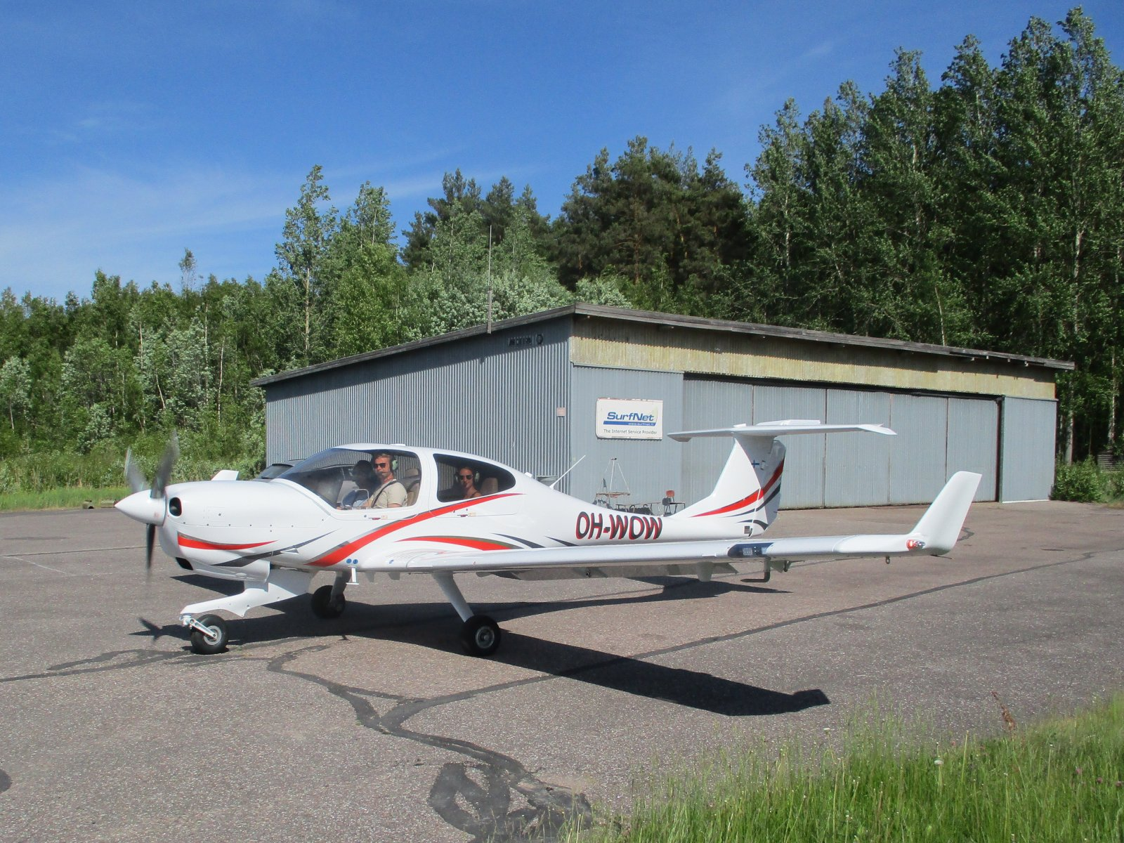 Diamond DA 40 NG OH-WOW EFHN 2018-06-03