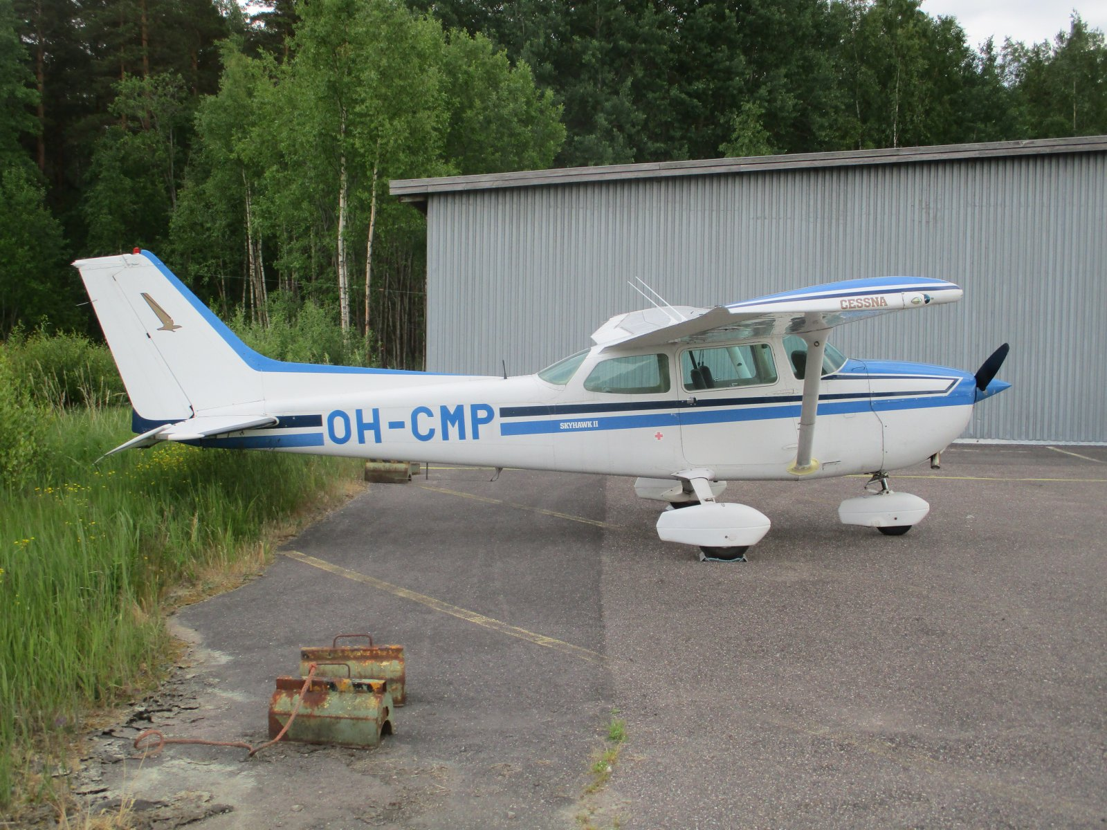 Cessna 172P Skyhawk OH-CMP EFHN 2018-06-10