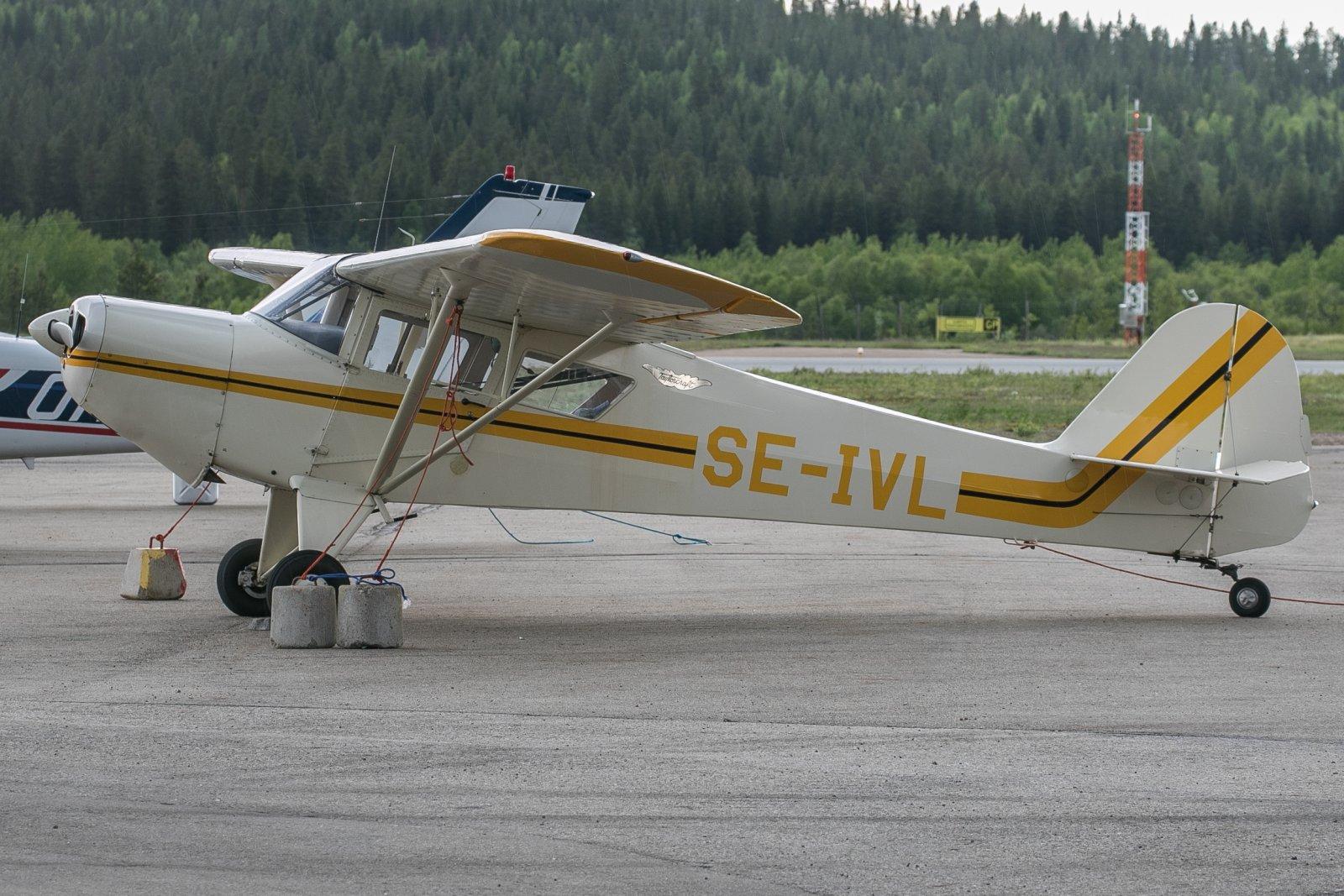 SE-IVL. Taylorcraft F-21B