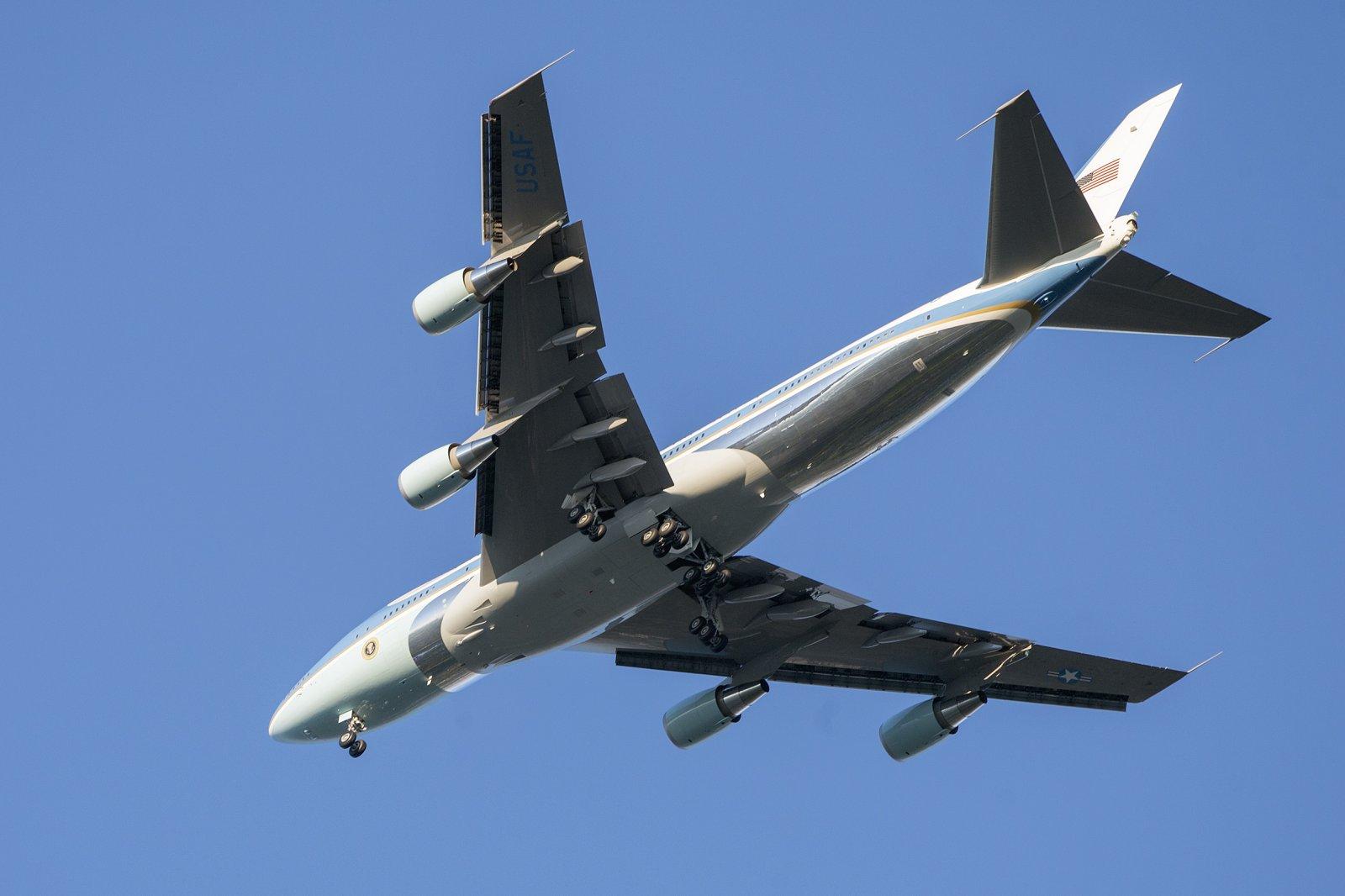 5b4b8c398f937_Airforceone_1_2480px.jpg