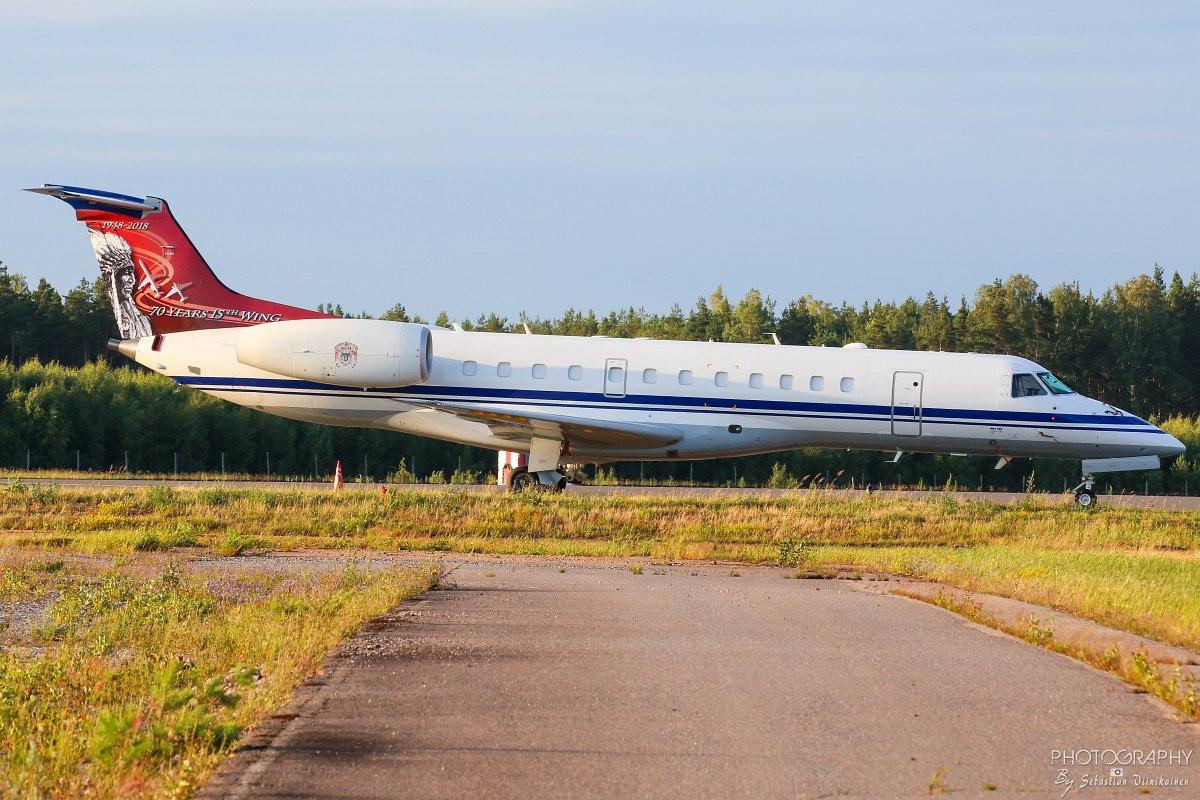 CE-02 Belgian Ilmavoimat Embraer ERJ-135LR