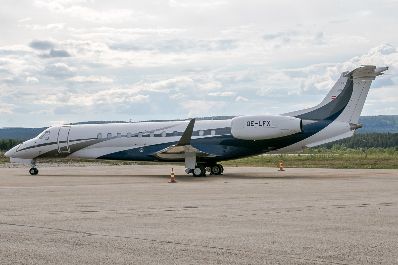 OE-LFX. Embraer Legacy 650.  9.7.2018