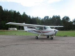 Cessna C172N Skyhawk OH-CTD EFHN 2018-07-14