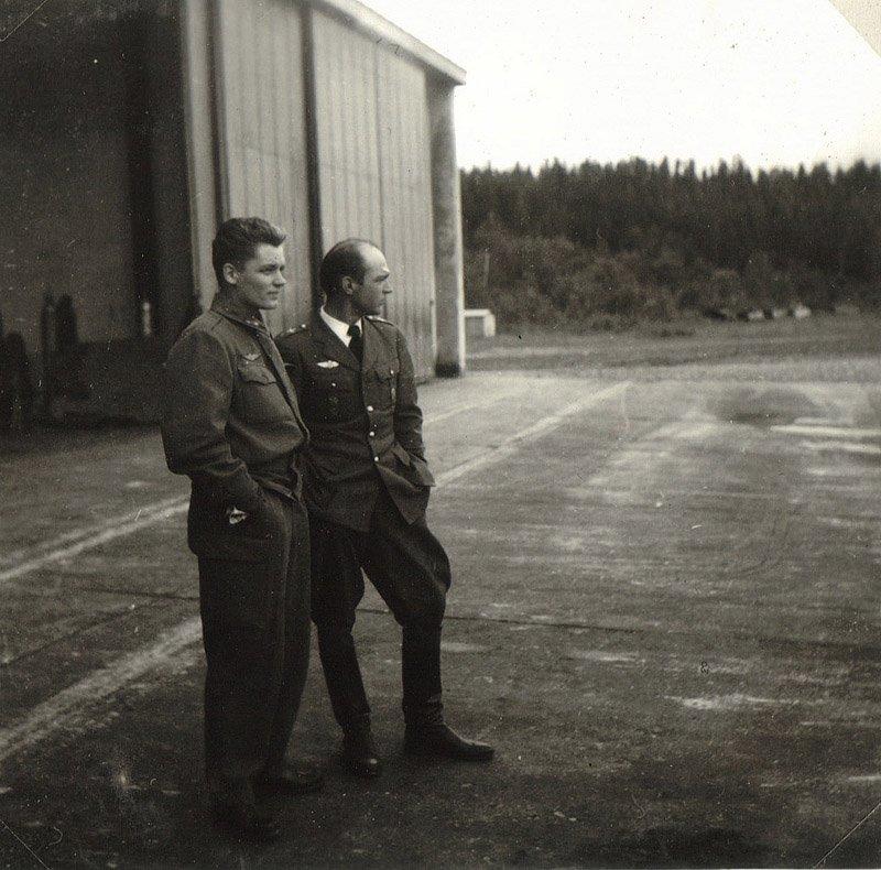 Dick Karlsson ja Sarisalmi 1956 Luonetjärvellä kopio.jpg