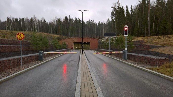 border_control_1.jpg