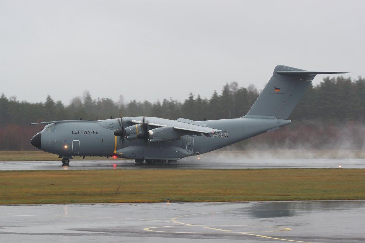 Luftwaffen A400M 54+03 Turku 8.11.