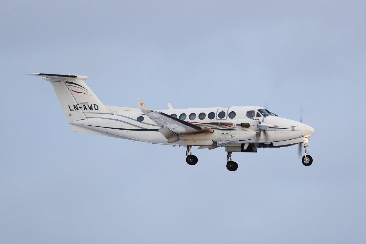 LN-AWD Beechcraft King Air 350 tänään finaalissa 12