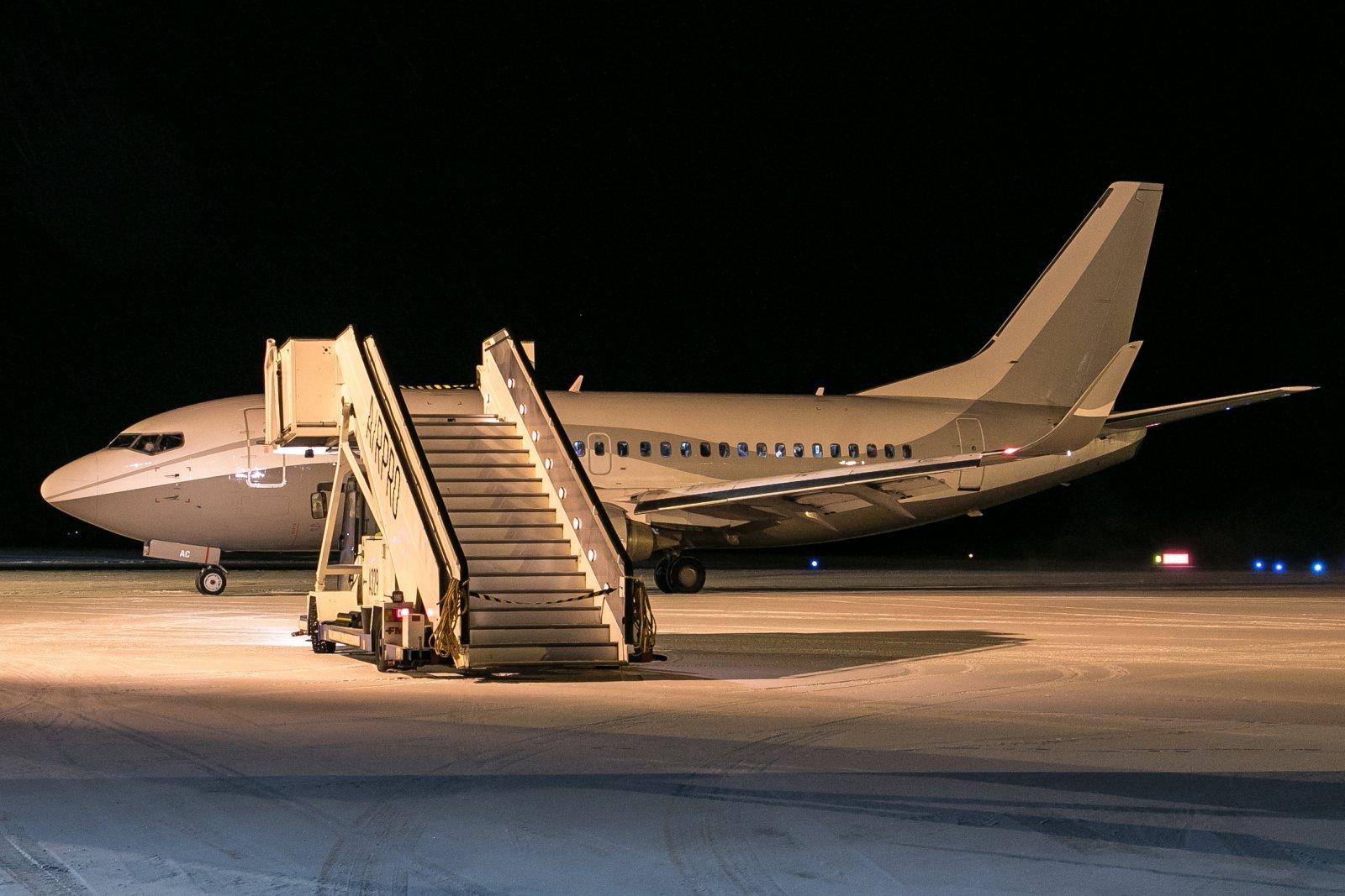9H-MAC. Boeing 737-548. 23.11.2018