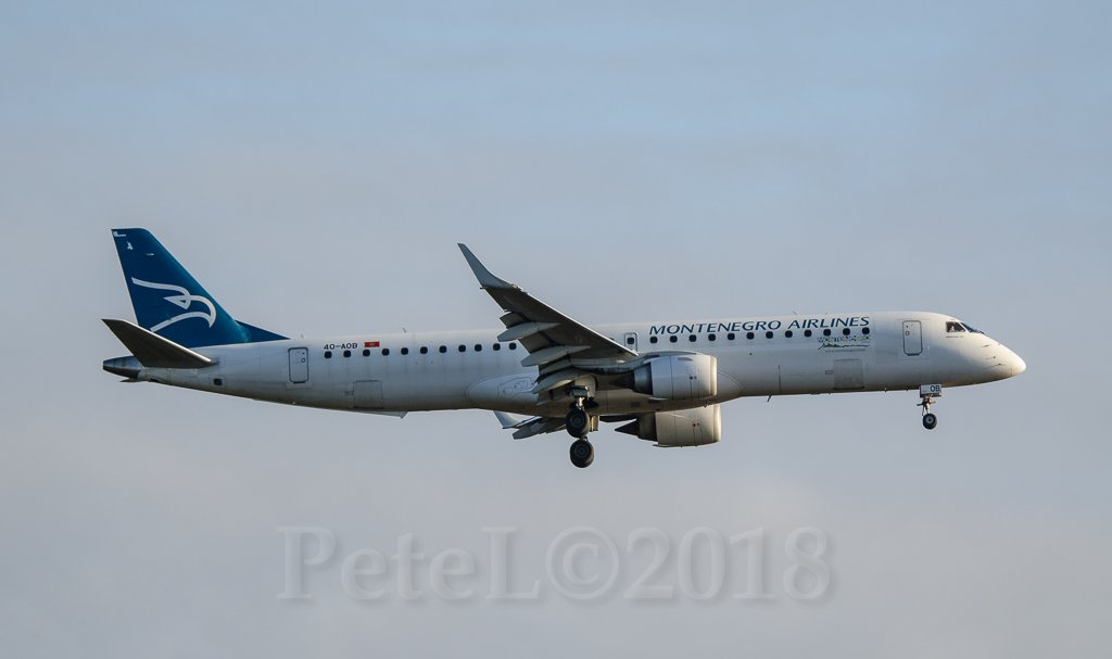 4O-AOB  Montenegro Airlines