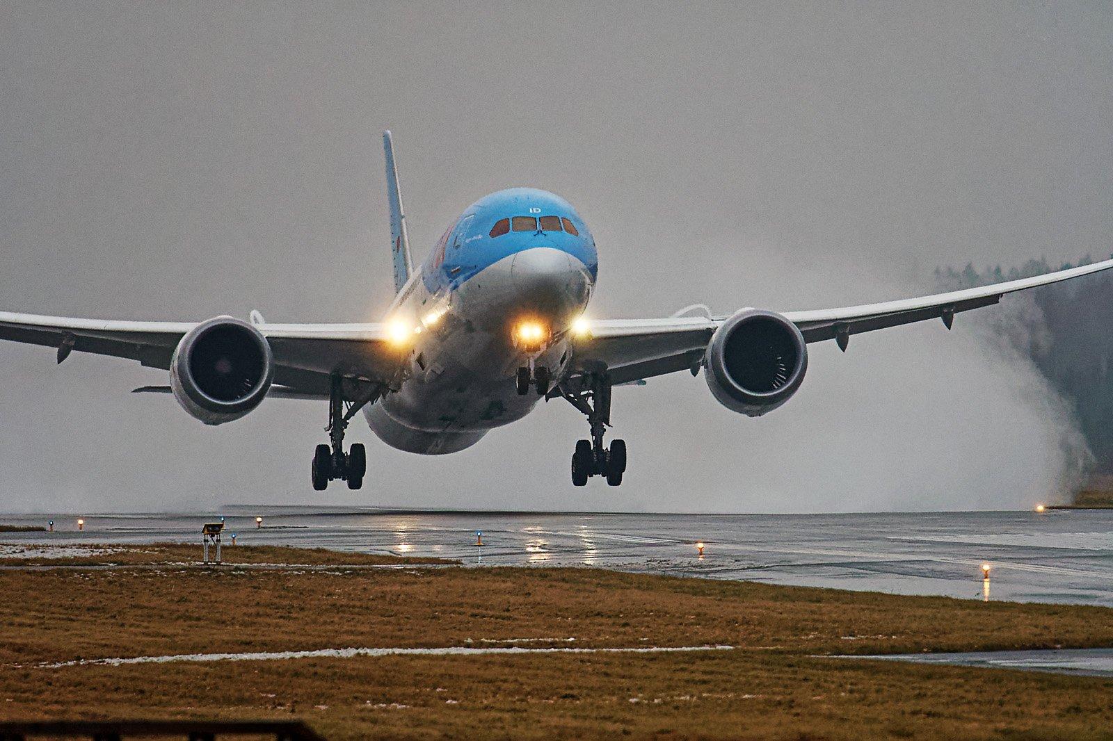 Ensimmäinen Dreamliner Vaasassa