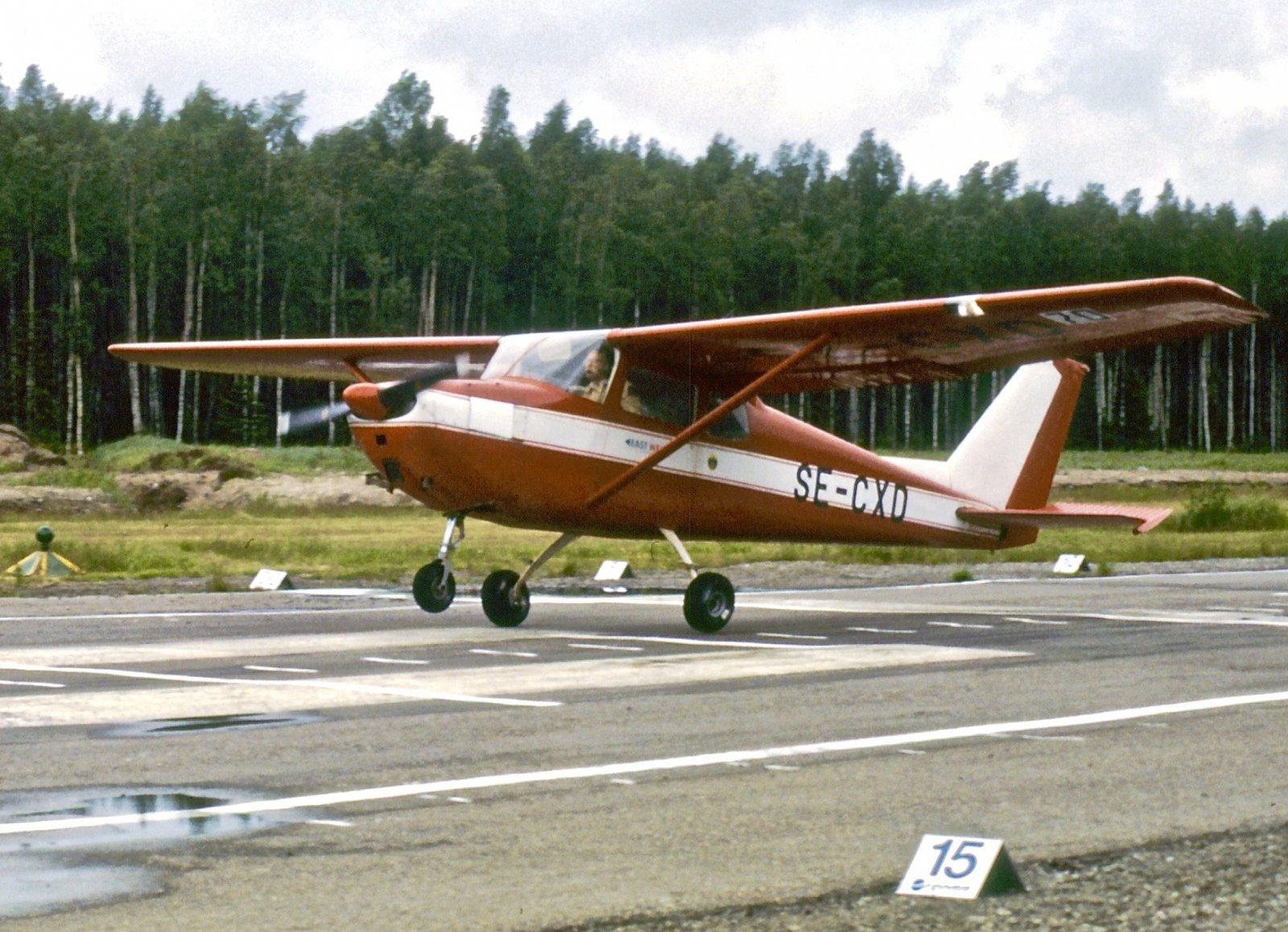 Cessna 172A SE-CXD EFHN 1987-06