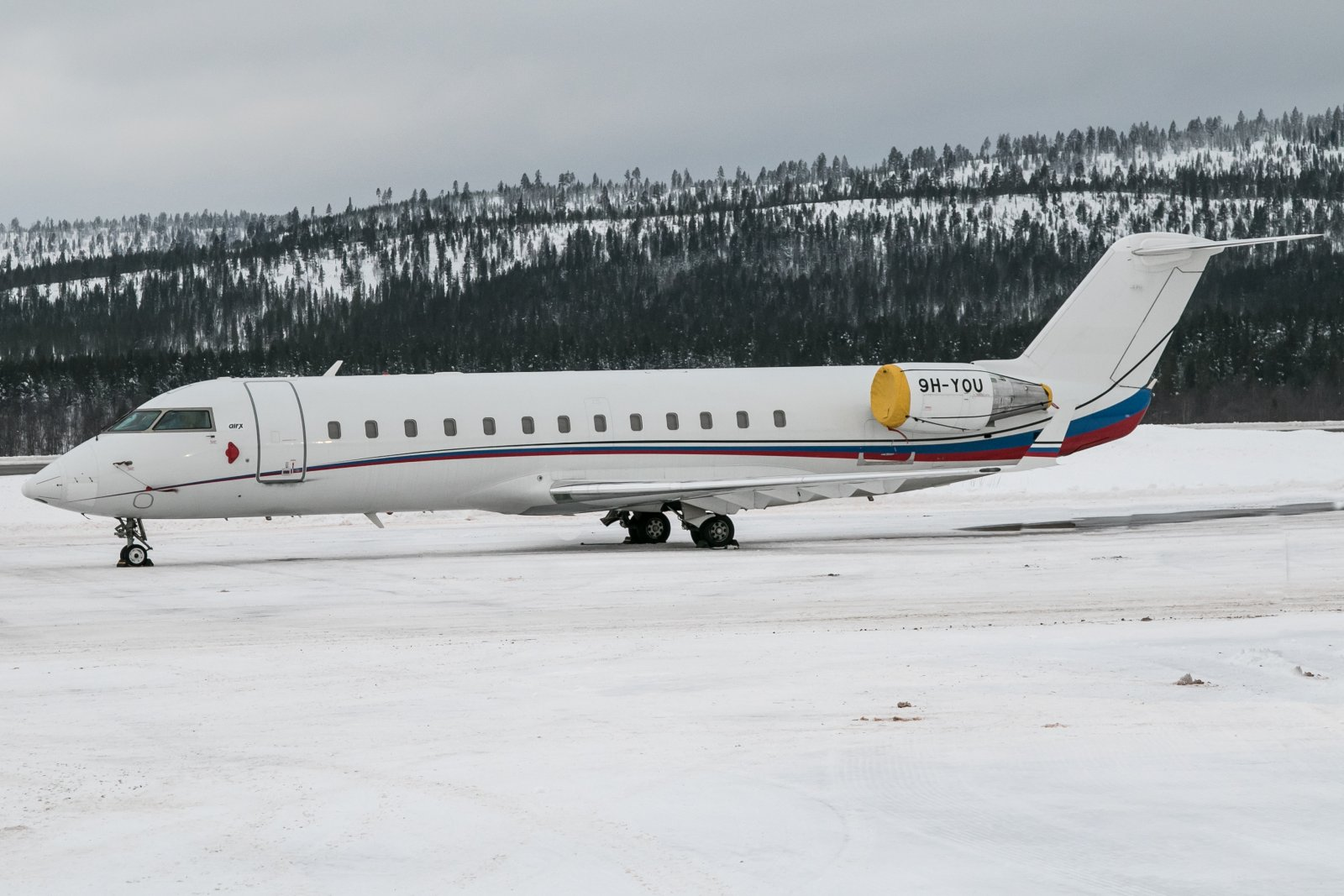 9H-YOU. Bombardier Challenger 850. 21.12.2018