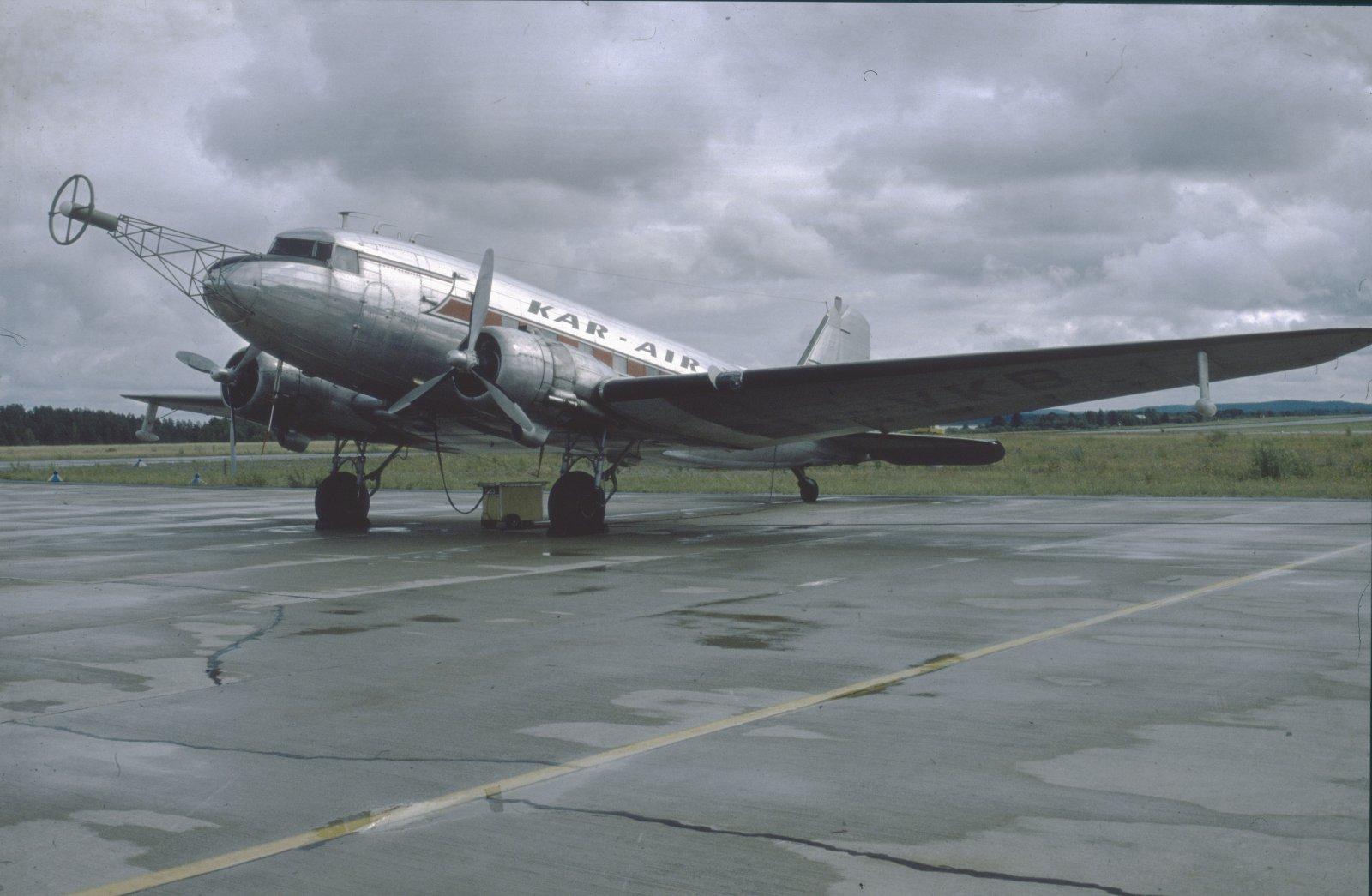 Douglas DC-3A-214 OH-VKB EFKU 1979