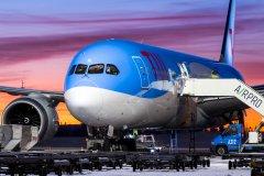 12.12. G-TUIL Boeing 787-9