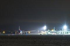 TUI:n Dreamliner G-TUID saapuu Vaasaan