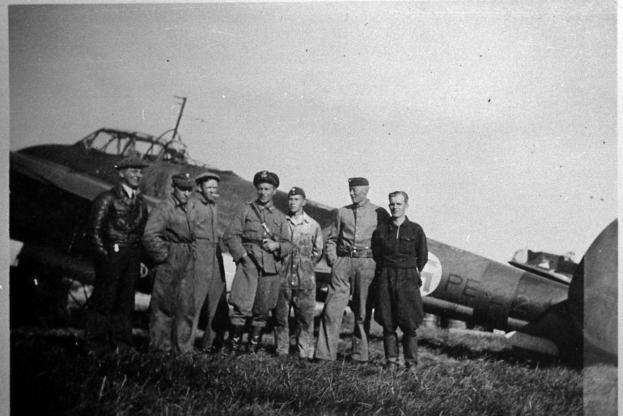 PE-212, TRäikkönen154, TK.jpg