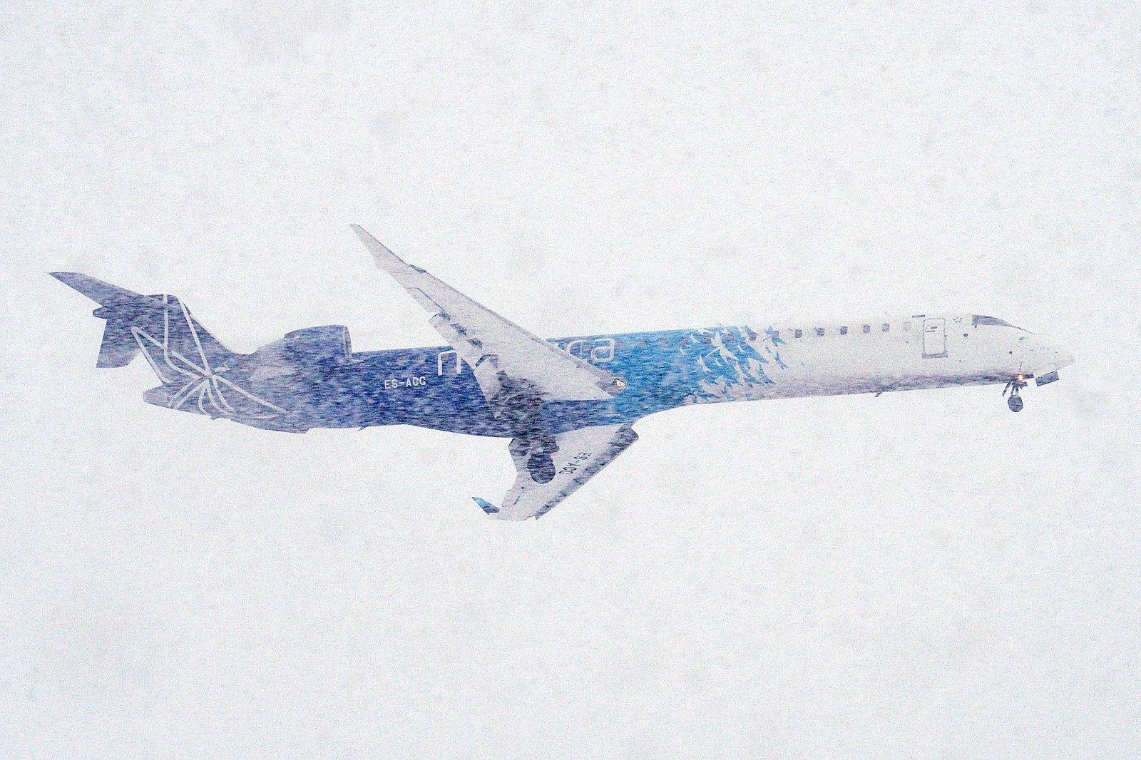 ES-ACG lumimyräkässä