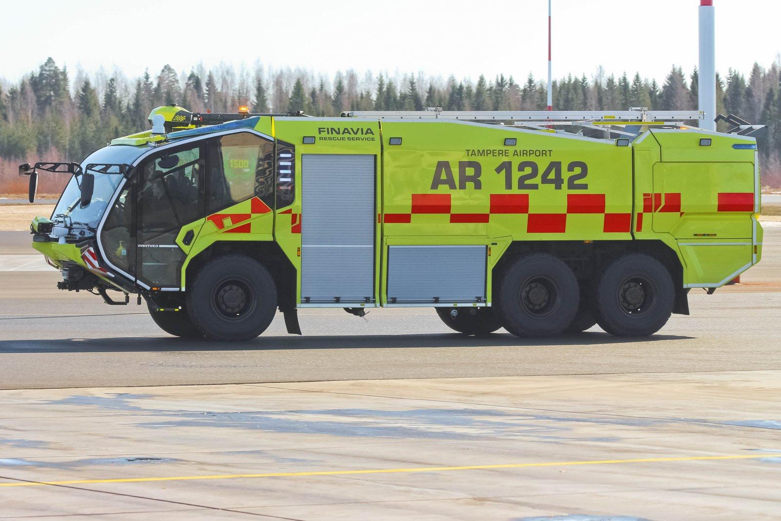 Pirkkalan uusi paloauto Panther PA146