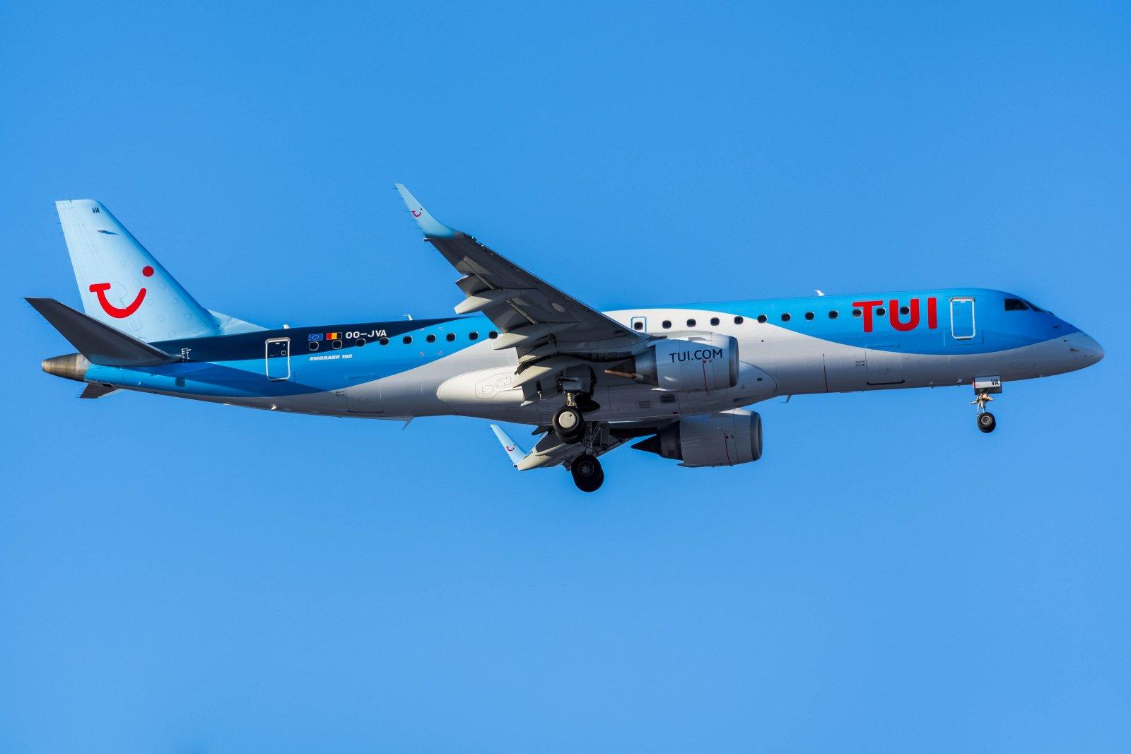 7.3. OO-JVA TUI:n Embraer Brysselistä