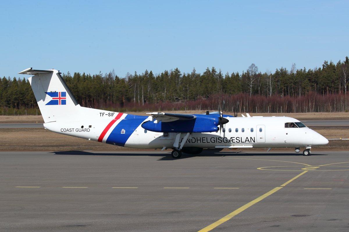 2.4.2019 Islannin merivartioston Dash 8 Q300 TF-SIF