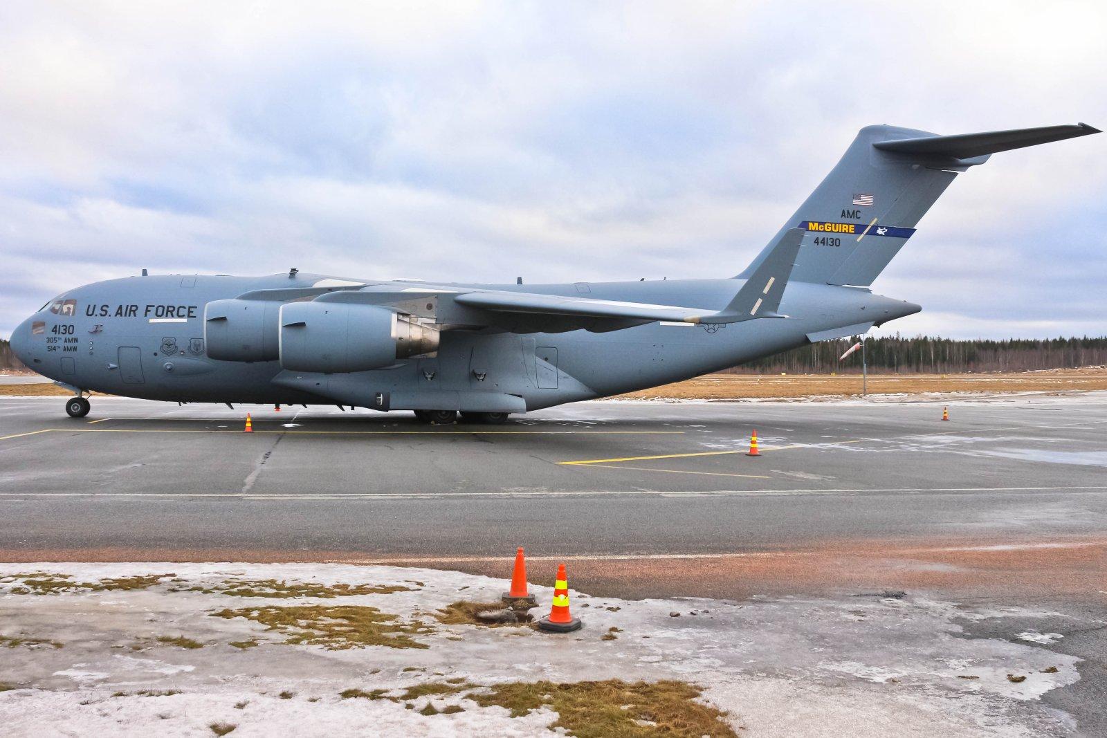 USAF 04-4130 03-03-2017