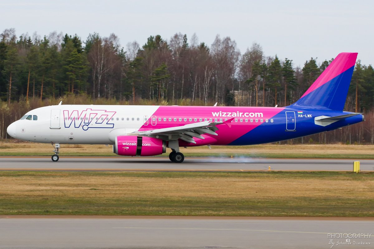 HA-LWK Wizz Air Airbus A320-200