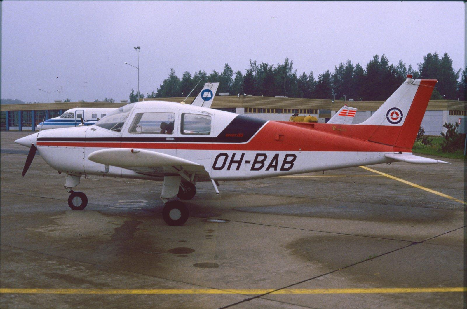 Beechcraft B.19 Sport-150 OH-BAB EFKU 1987-07