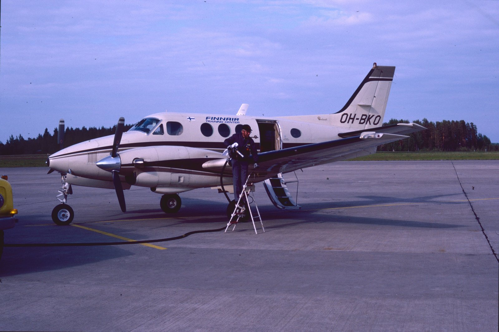 Beechcraft 65-C90-1 King Air OH-BKO EFKU 1987-07