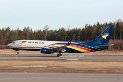 2.4.2019 West Atlantic Boeing 737-83 rahtari G-NPTB