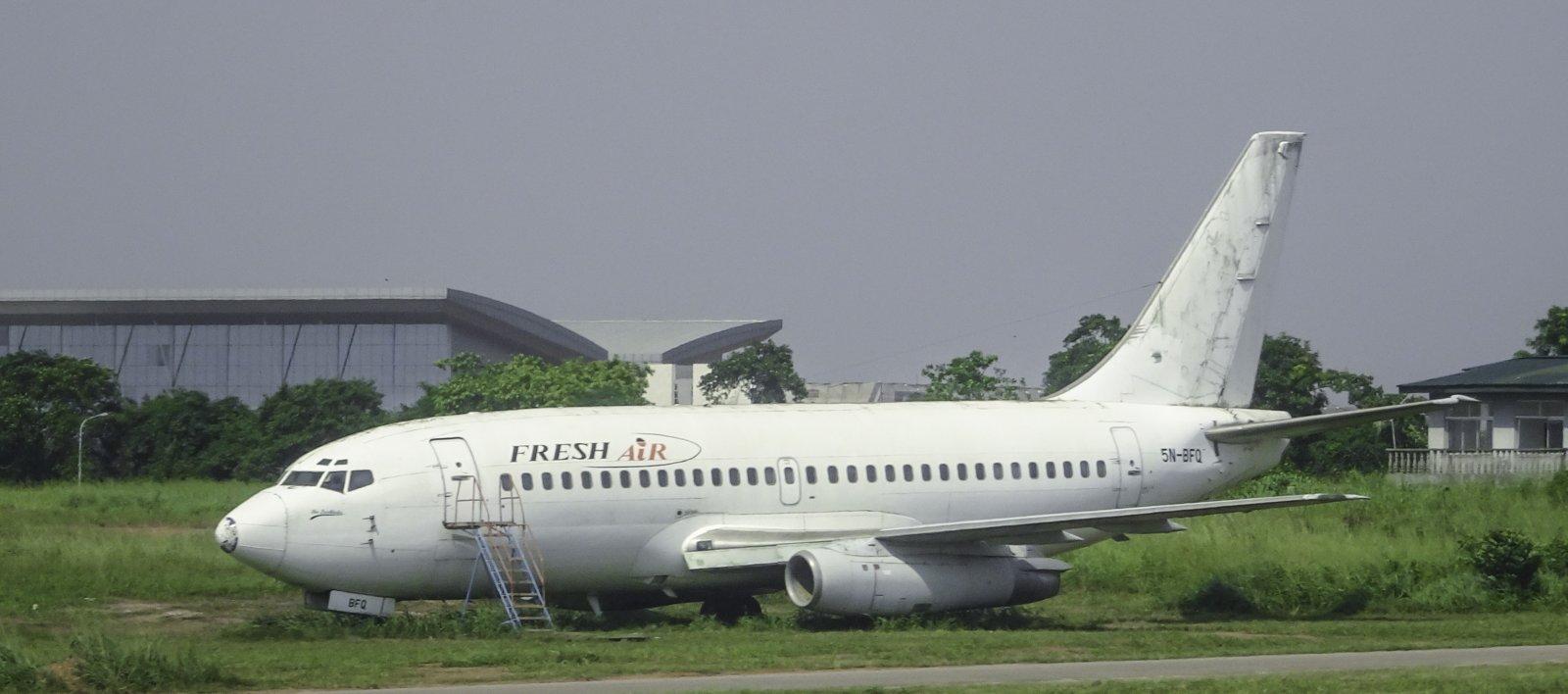 Fresh Air Boeing 737-2B7 5N-BFQ