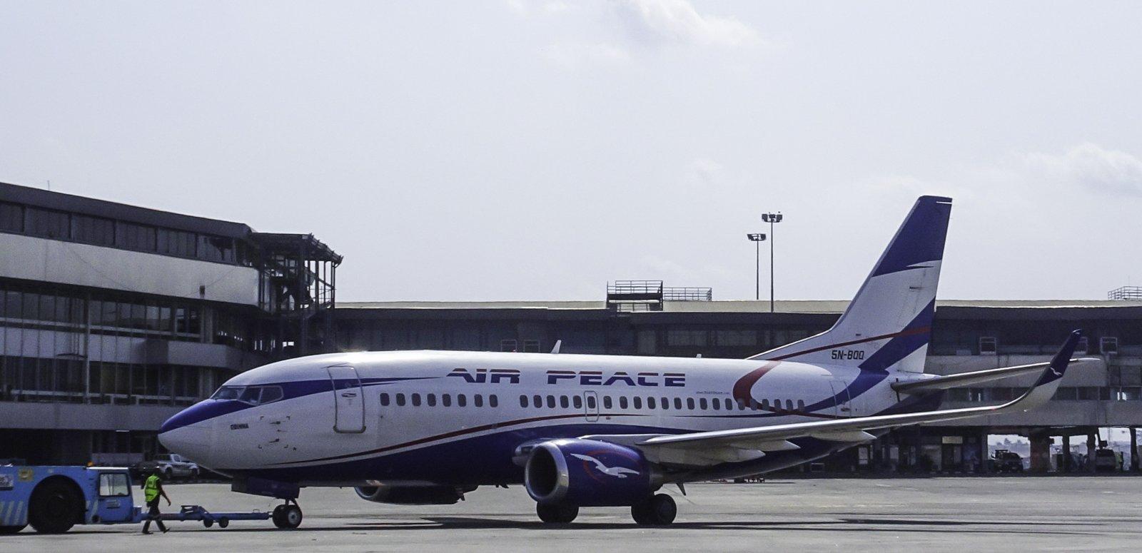 Air Peace Boeing 737-524 5N-BQQ