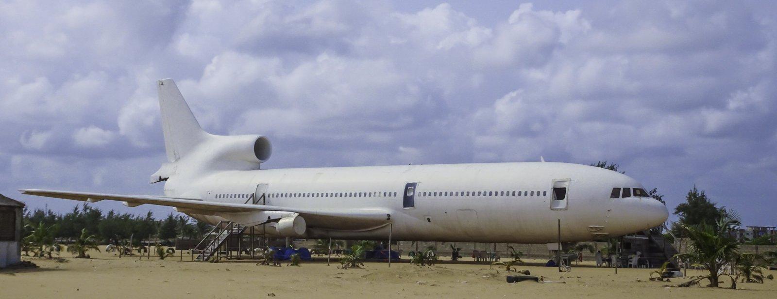 Air Rum Lockheed L-1011-200 TriStar 9L-LFB (9L = Sierra Leone)