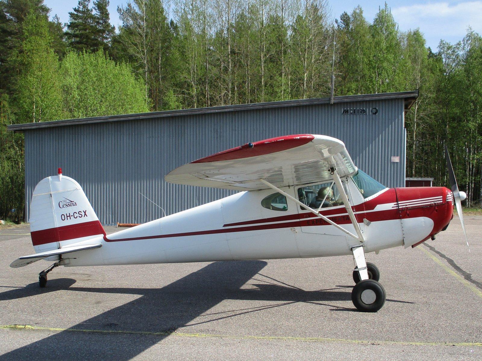 Cessna 140 OH-CSX EFHN 2019-05-19