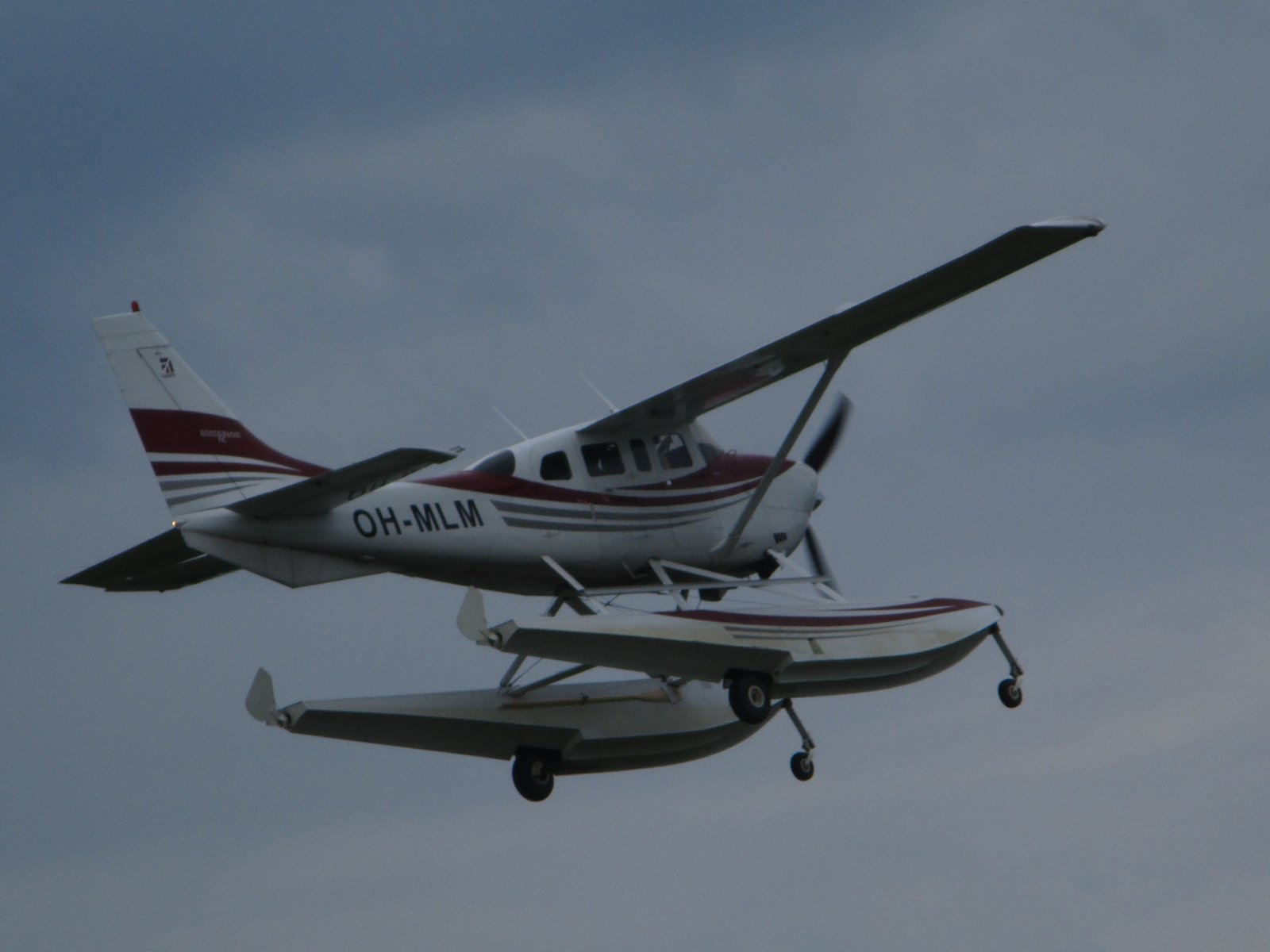 Cessna T206H Turbo Stationair TC OH-MLM EFHN 2019-06-20
