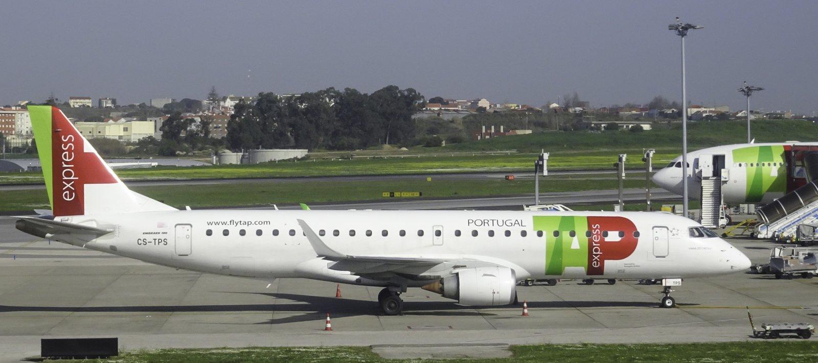 TAP Express Embraer 190LR CS-TPS