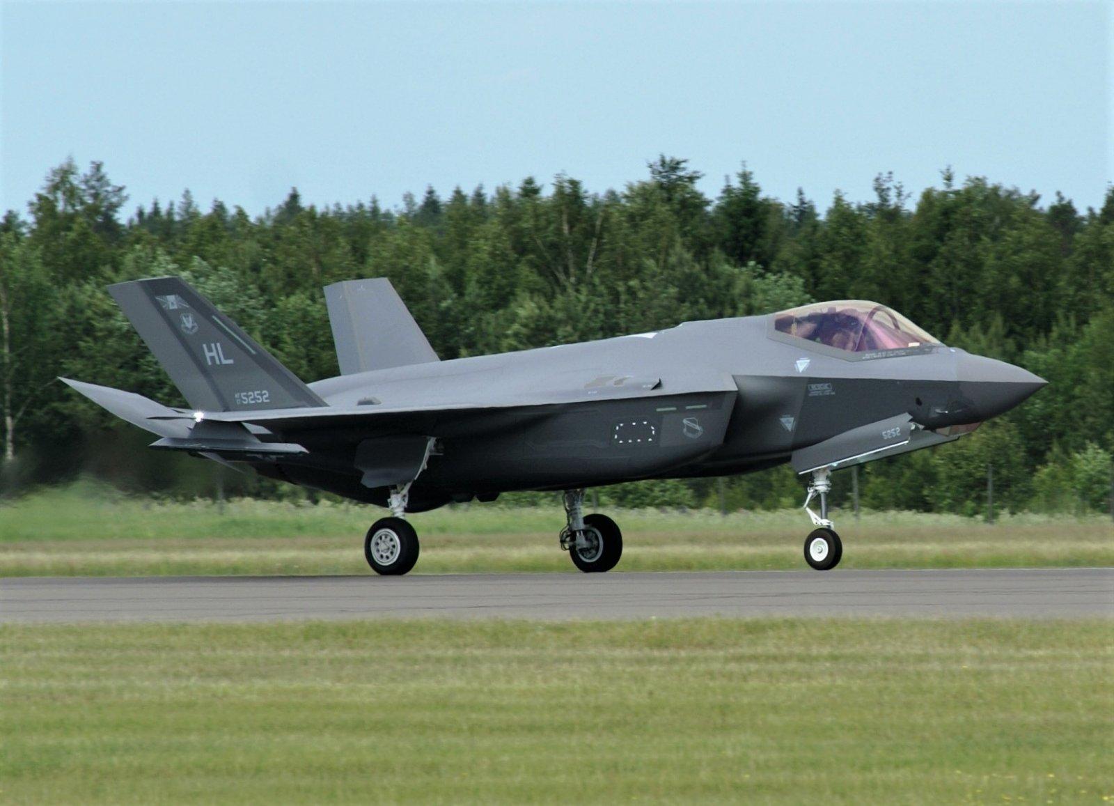F-35_2.JPG