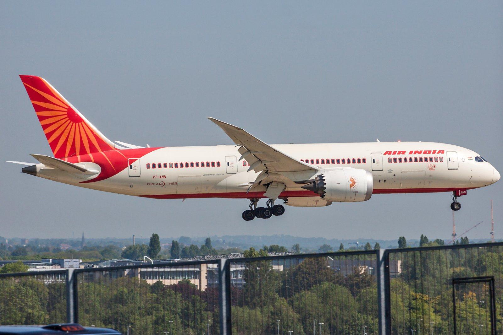 Air India Boeing 787-8 Dreamliner VT-ANN