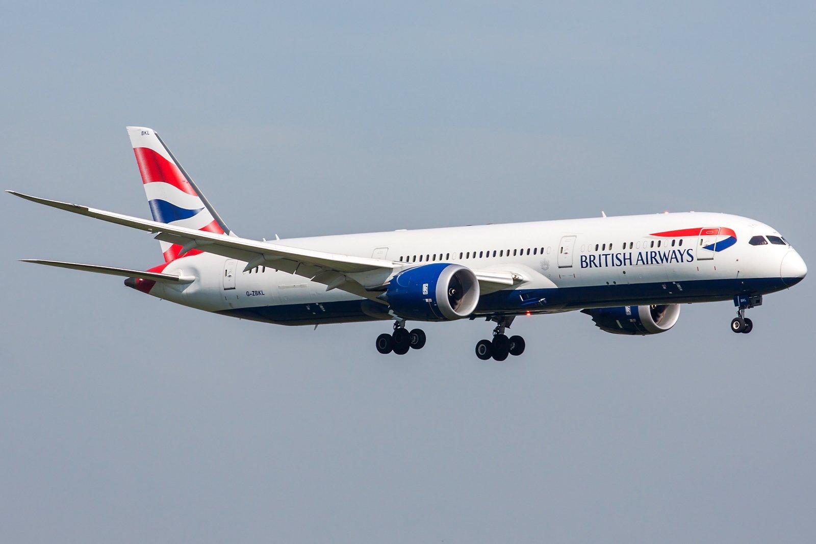 British Airways Boeing 787-9 Dreamliner G-ZBKL