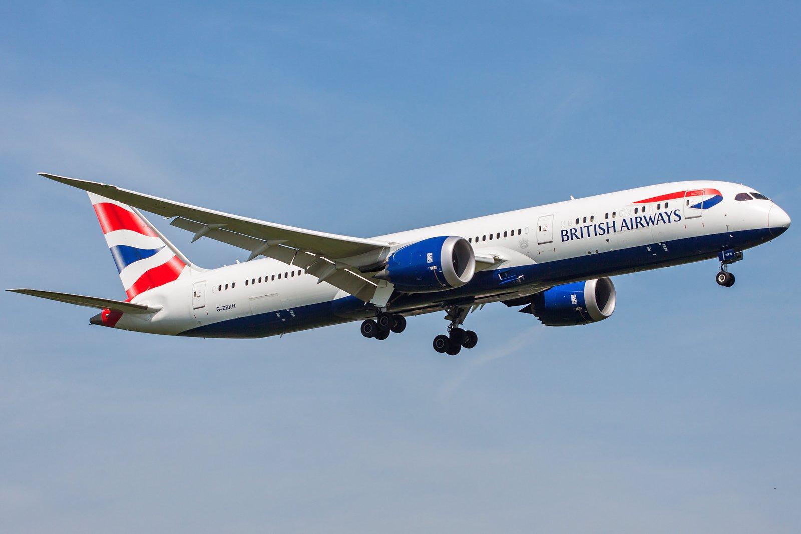 British Airways Boeing 787-9 Dreamliner G-ZBKN