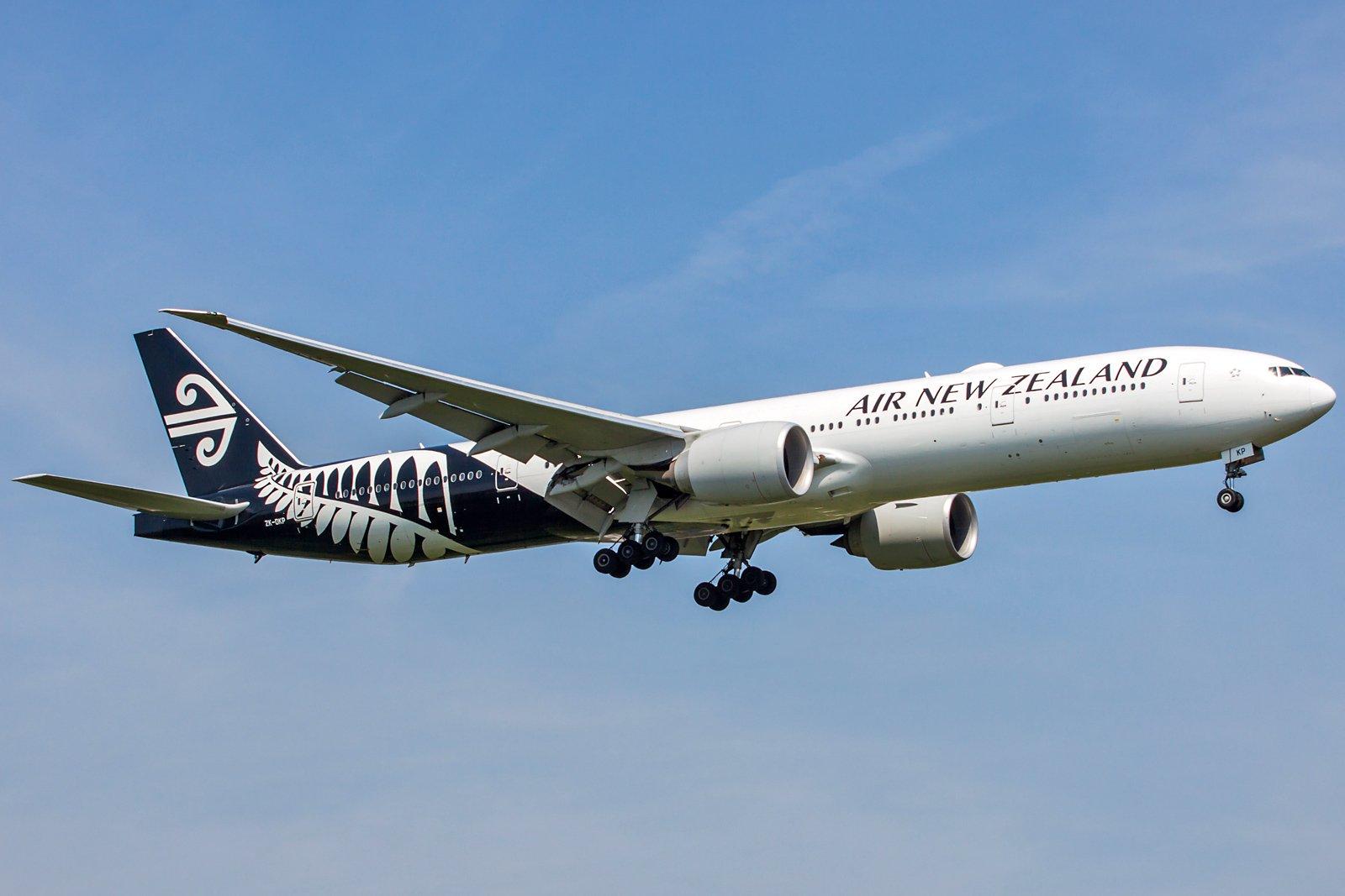 Air New Zealand Boeing 777-319(ER) ZK-OKP